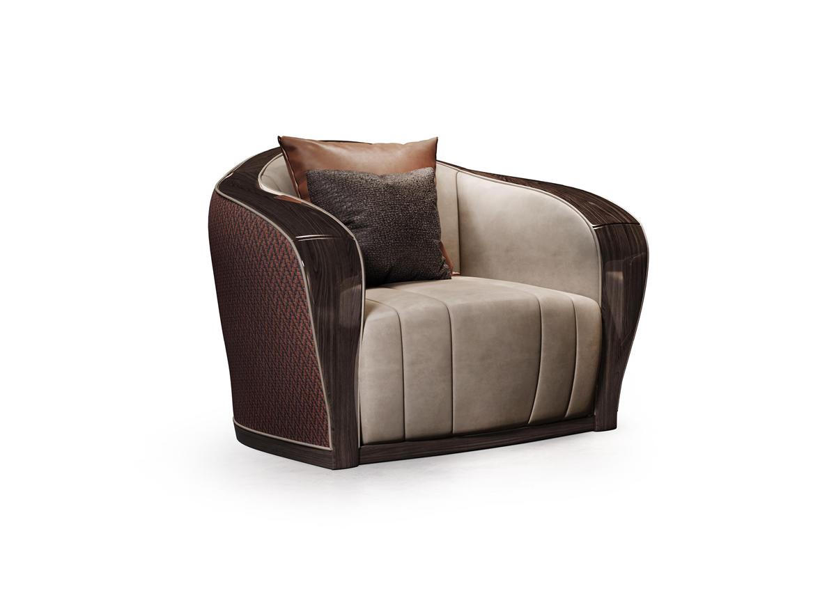 Il castagno armchair